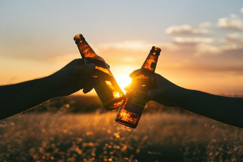 Alcohol in Moderation May Benefit the Heart