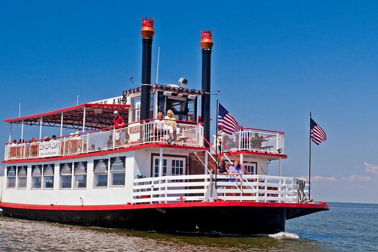 Mississippi: Betsy Ann Riverboat (Biloxi)