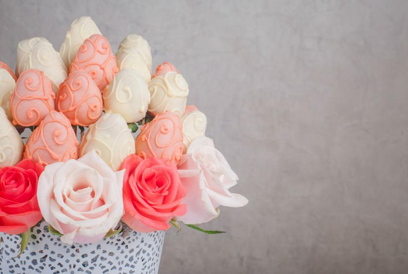 Edible Wedding Arrangements for the Food-Obsessed Bride