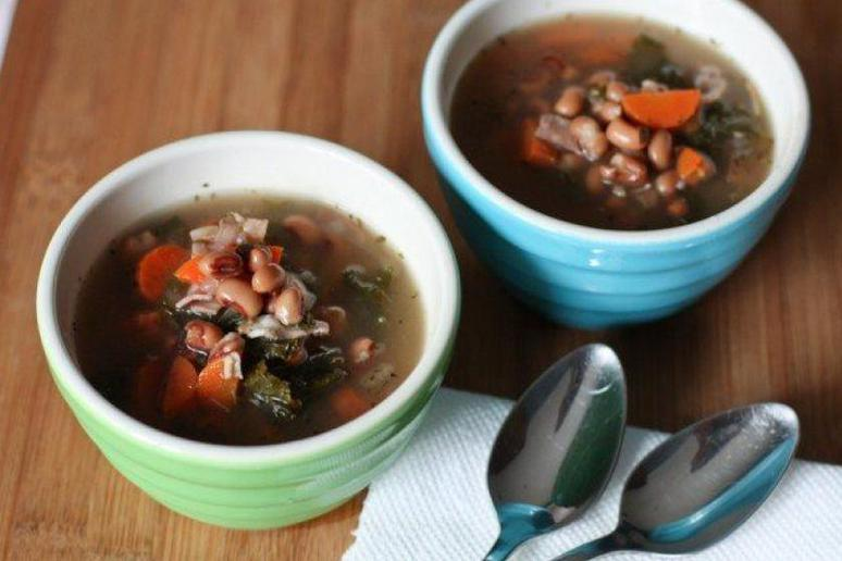 Ham and Black-Eyed Pea Soup
