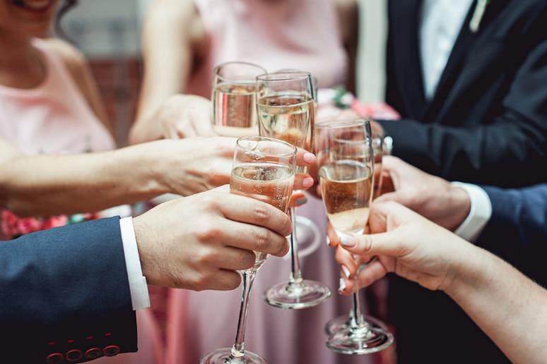 Don't clink glasses during toasts in Hungary