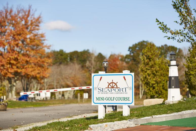 Connecticut: Seaport RV Resort & Campground (Mystic)