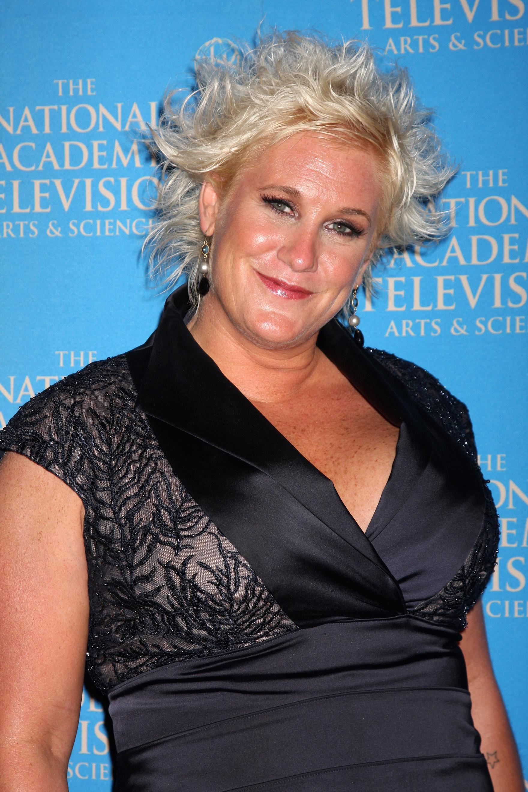 Chef Anne Burrell Is Opening A Fancy Cheetos Pop Up Restaurant In Nyc
