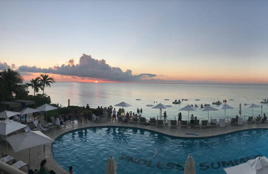 A Beginner S Guide To Grand Cayman Where To Eat What To Do And Where To Stay