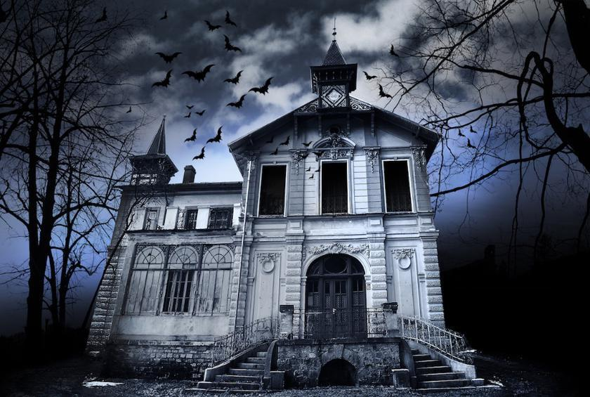 The Best Haunted Houses to Visit in Every State