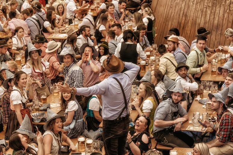 Drink and eat at Oktoberfest in Munich