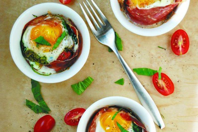 Baked Egg Cups with Tomatoes, Spinach, and Prosciutto
