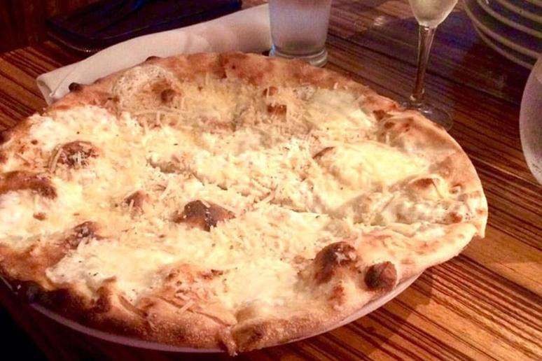 South Carolina: Monza Pizza, Charleston