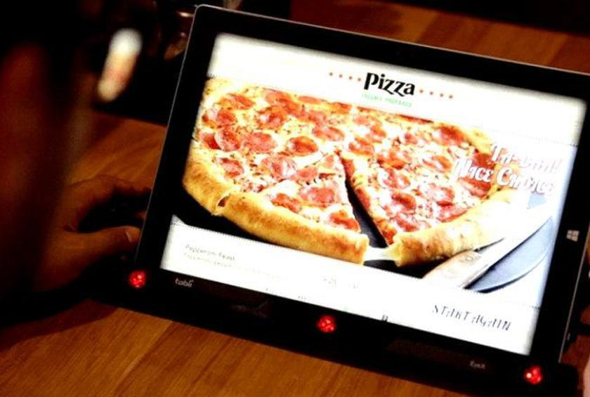 Pizza Hut's New Technology Will Take Your Order by Reading Your Mind