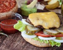 How to Make Restaurant-Quality Burgers at Your Backyard Barbecue