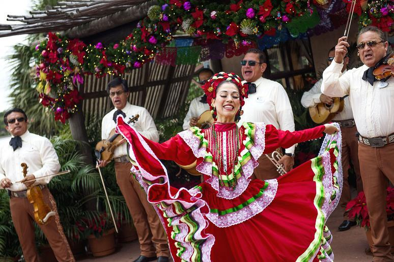 Epcot's International Festival of the Holidays