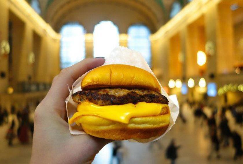 Shake Shack Will Now Be Serving Breakfast Sandwiches