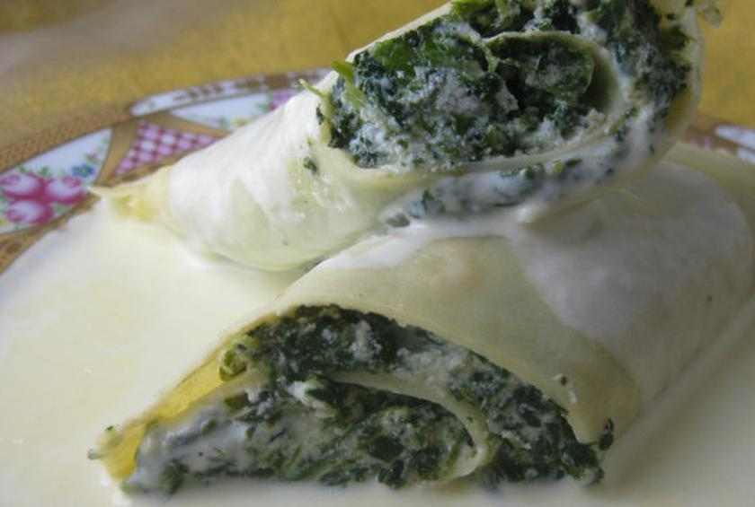 Spinach-Filled Crepes