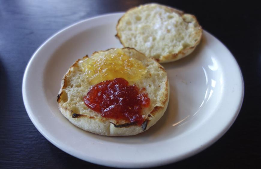 10 Things You Didn T Know About English Muffins Slideshow The Daily Meal