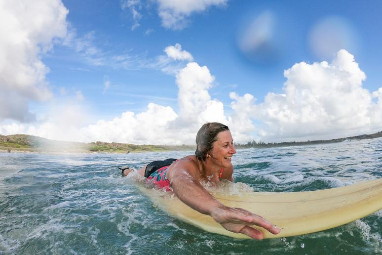 Learn to surf in Australia