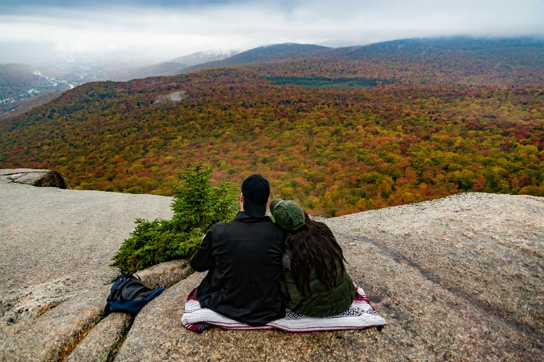 New Hampshire – Go hiking in the fall