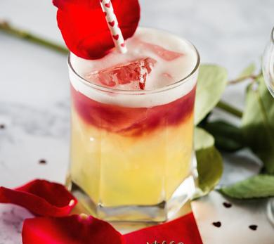 Amaretto Sour with a Kiss Valentine's Day