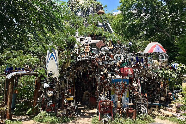 Texas - Cathedral of Junk