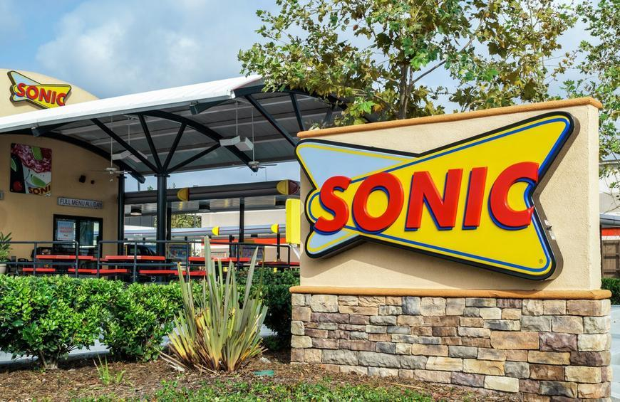 The Fascinating Origins of the 15 Biggest Fast-Food Chains