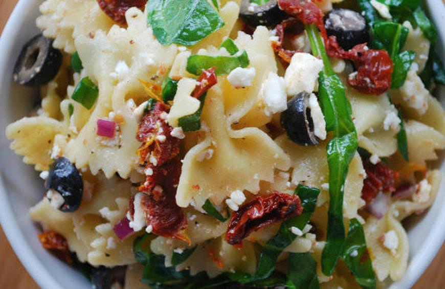 Bow-tie Pasta Salad with sun-dried tomatoes, black olives ...