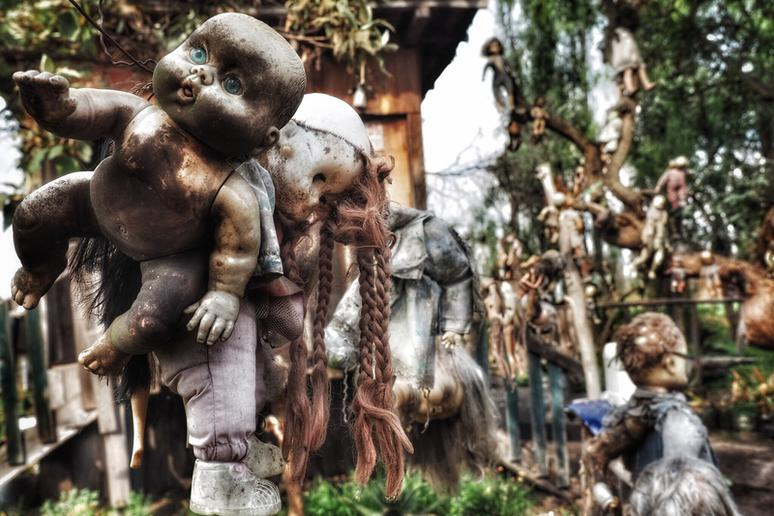 The Island of Dolls, Mexico