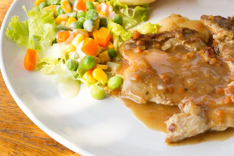 Slow-Cooker Pork Chops with Mustard Thyme Gravy