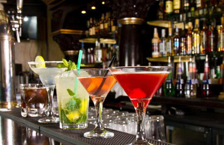 Neat, Straight Up, and On the Rocks: How to Order a Cocktail