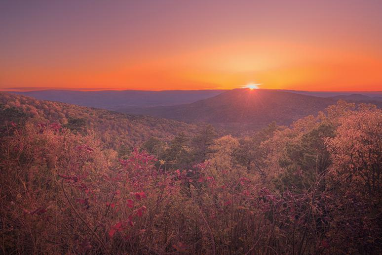 Arkansas – Scenic Byway 7 to see Ouachita Mountains and the Ozarks