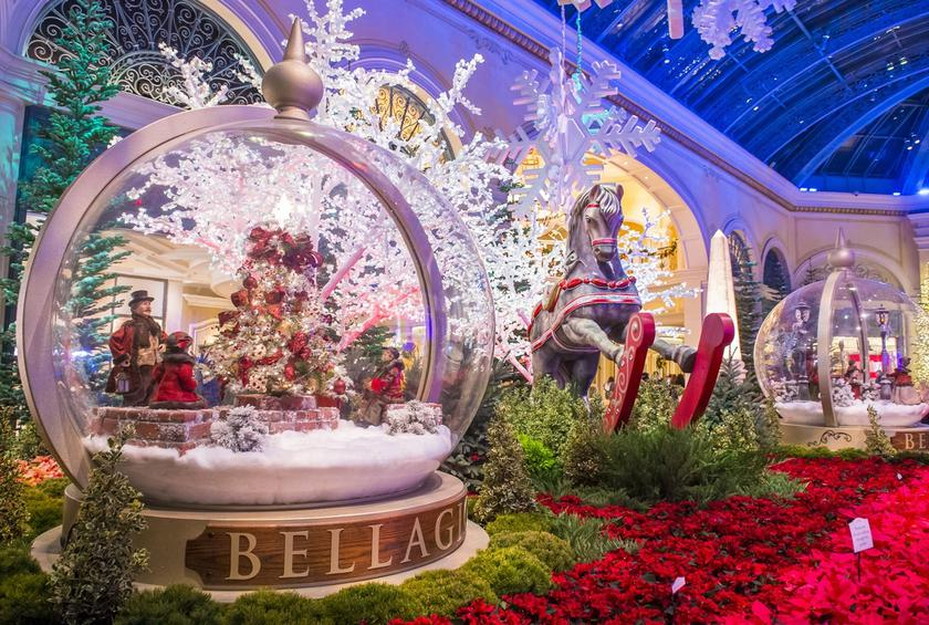 10 Reasons To Visit Las Vegas This Christmas Season
