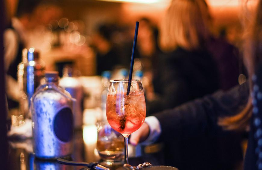 The 75 Most Popular Bars in America, According to Yelp