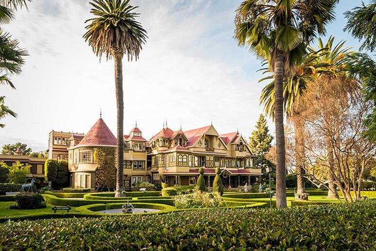 Winchester Mystery House (San Jose, California)