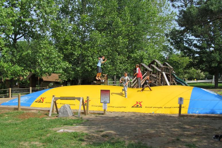 Kentucky: Renfro Valley KOA (Mount Vernon)