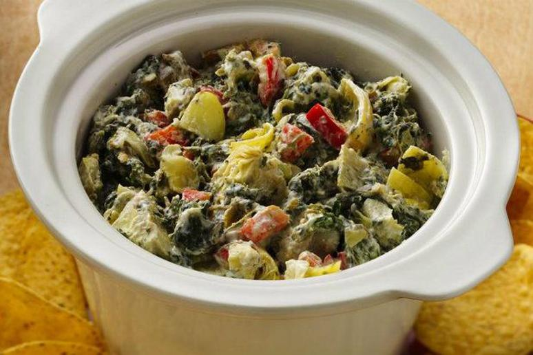 Slow Cooker Southwest Spinach and Artichoke Dip