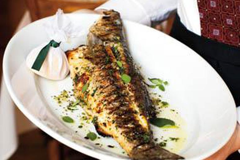 Whole rockfish recipes grilled besto blog for How to cook a whole fish
