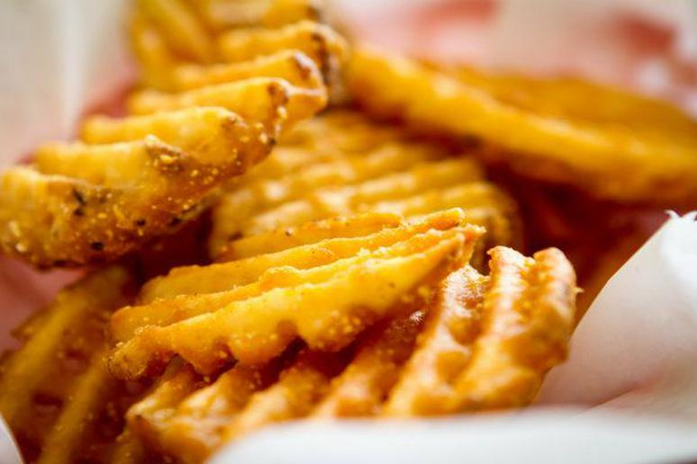 this is how you make chickfilas waffle fries