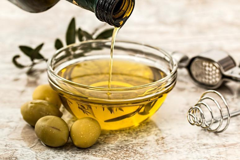 Olive oil fraud has been in the spotlight recently, and Italian lawmakers are stepping up the plate to do something about it.