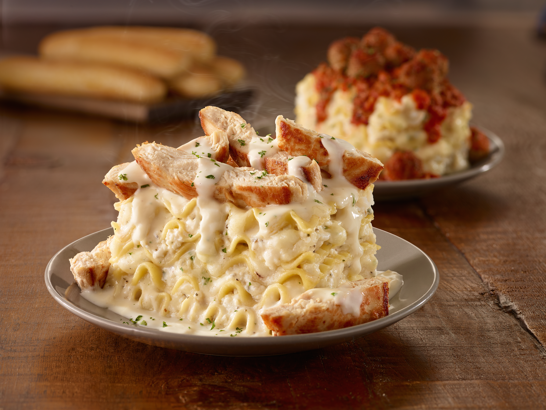 Olive Garden\'s Create-Your-Own Lasagna Sends the Internet Into a Tizzy