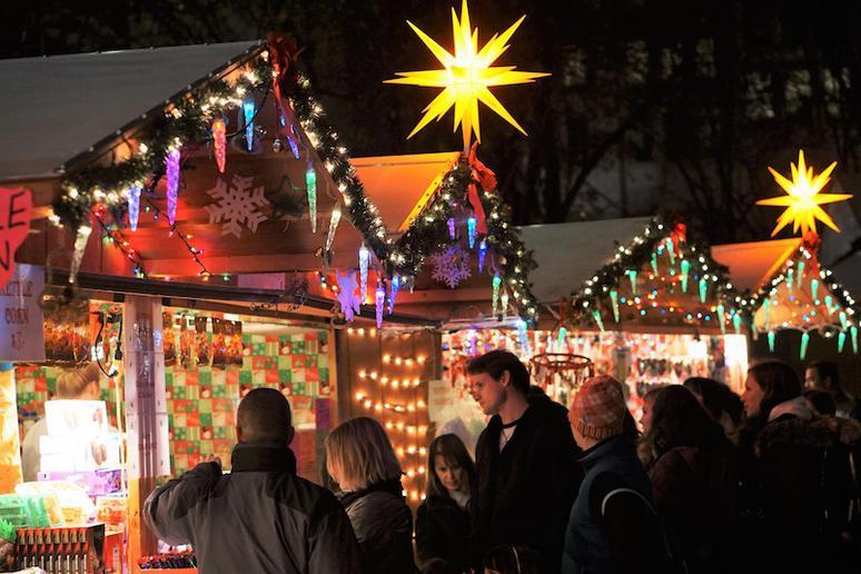 15 Great Christmas Markets in the US