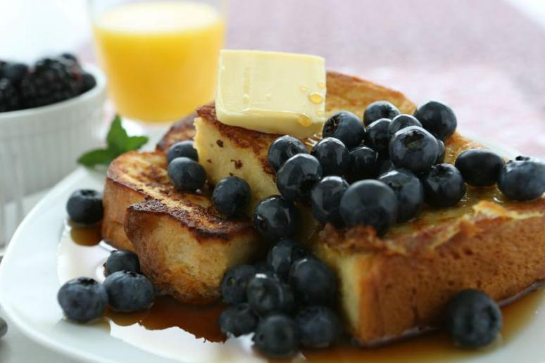 Slow-Cooked Blueberry French Toast