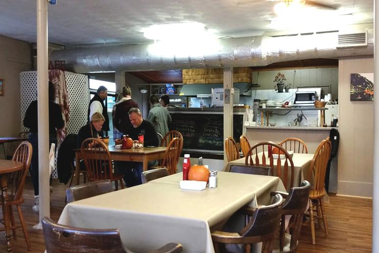 West Virginia: The Country Café, Harpers Ferry