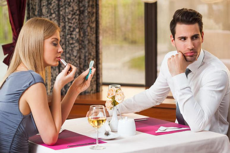 what to do in first dating