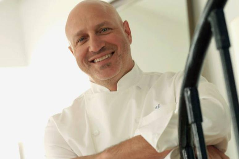 Tom Colicchio Supports Getting Rid of Tipping in Restaurants