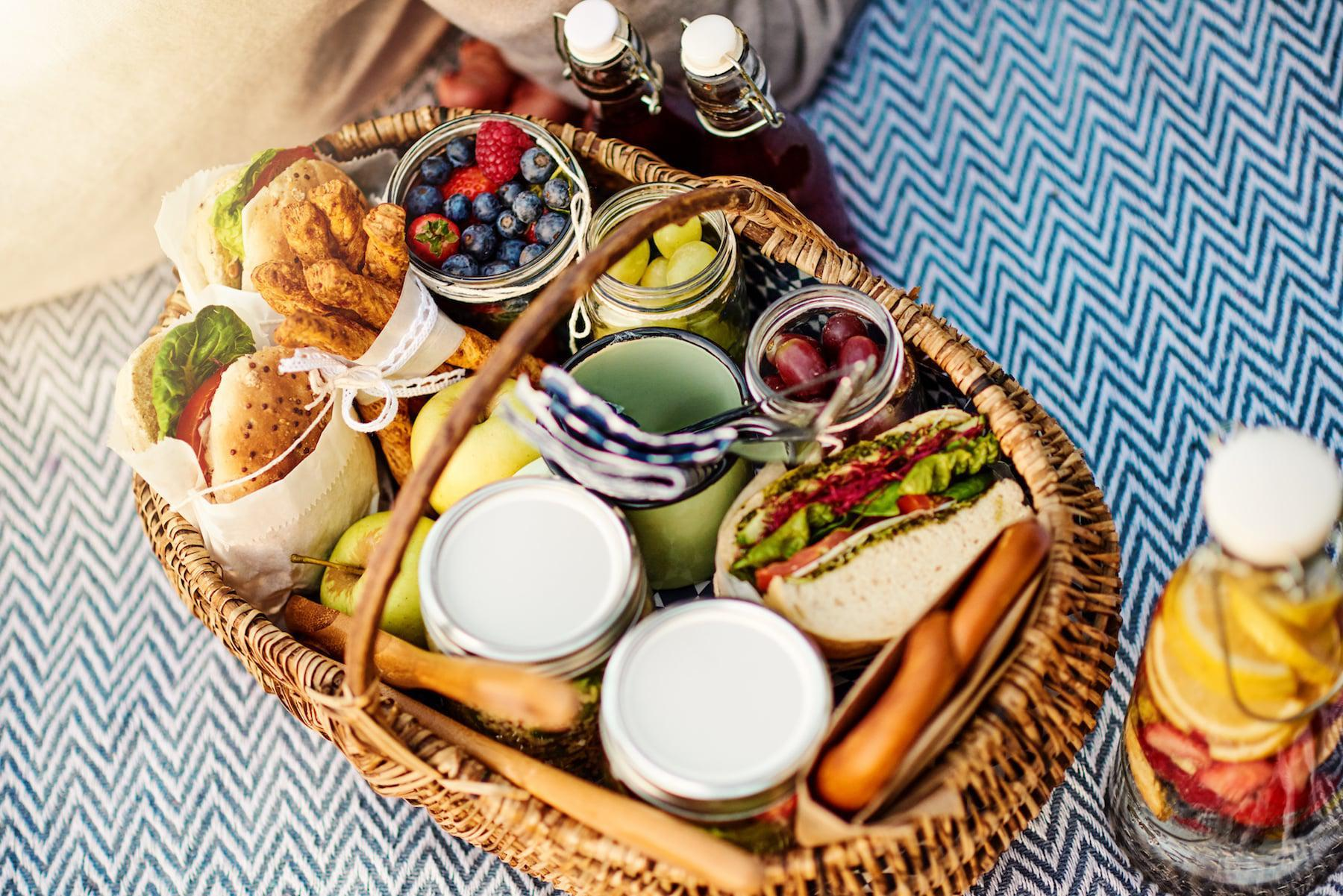 Romantic Picnic Foods for Couples