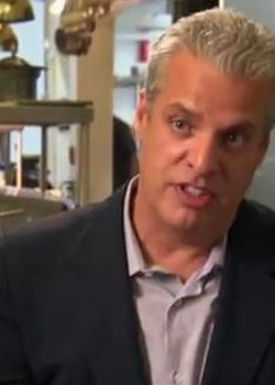 Eric Ripert on the set of Treme