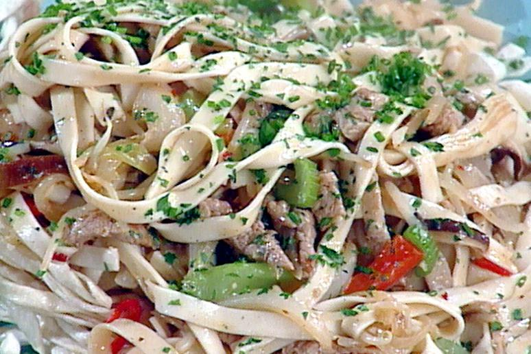 Chop suey by emeril lagasse at foodnetwork chop suey forumfinder Choice Image