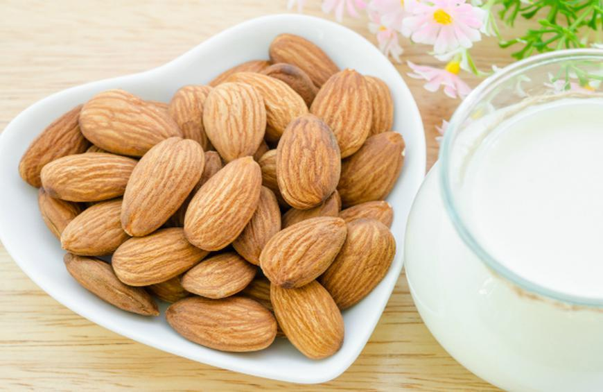 Study: Just 20 Almonds a Day Are Enough to Improve Digestive Health | The  Active Times