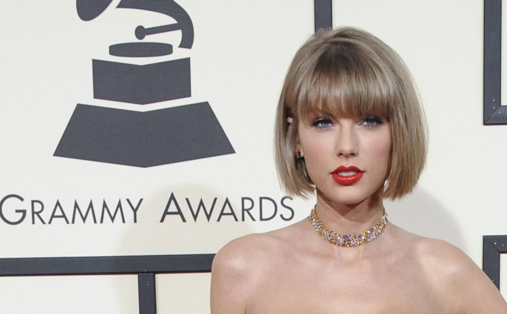 How to Eat and Drink Like Taylor Swift