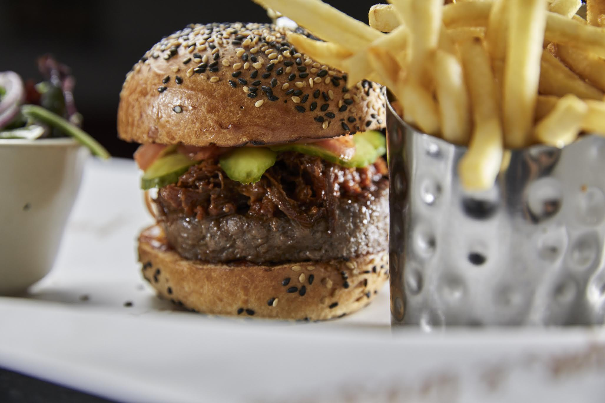 Burger And Lobster S Times Square Location Is A Delicious