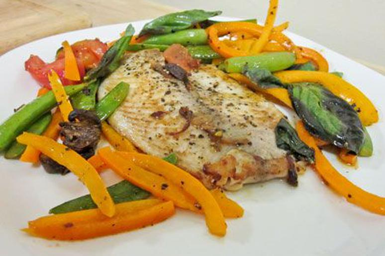 Tilapia with Tomato, Bell Pepper, and Snap Peas