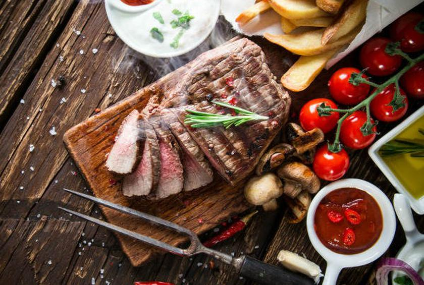 Mistakes to Avoid When Cooking and Cutting Meat